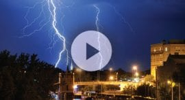 How does thunder form?
