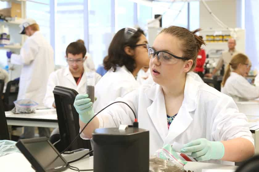 Students prepare sample of soil, collected from each of their hometowns, to analyze its composition and microbiology. This multi-day experiment highlights how researchers study and combat antibiotic resistance.